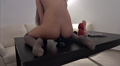 Anal fisting, Solo anal