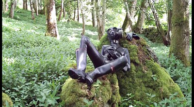 Rubber, Outdoor gay