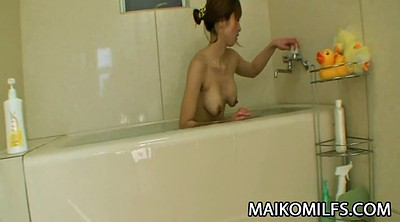 Japanese mother, Fingering