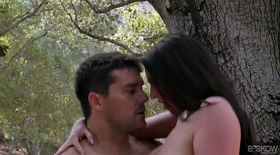 Angela white, Forest