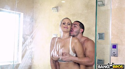 Julia ann, Mature shower