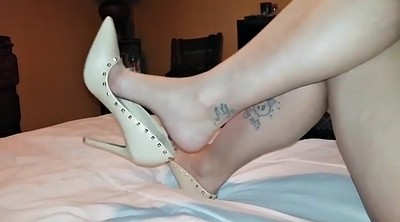 Pantyhose foot, Leggings, Pantyhose feet, Foot tease, Ebony feet, Black feet