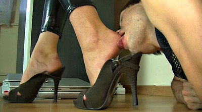 Worship, Mistress foot