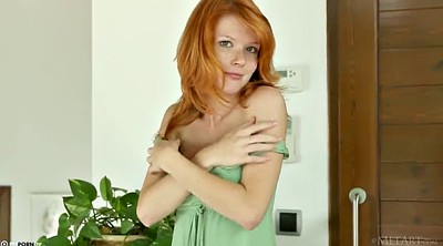 Kitchen, Ginger, Pussy play, Green, Freckles
