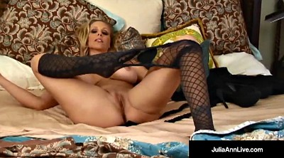 Julia ann, Strip