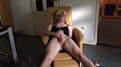 Crossdresser, Chair