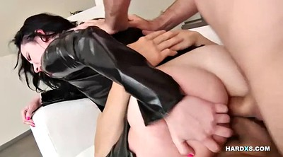 James, Latex anal