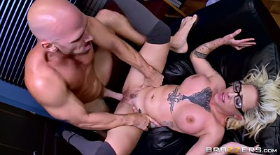 Swallow, Secretary, Swallowing, Whip