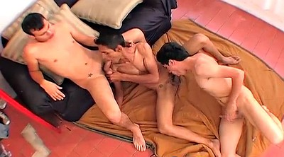 Amateur threesome, Amateur group