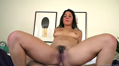 Anal abella, Hairy anal