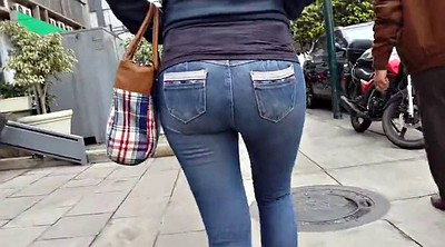 Voyeur, Tight jeans