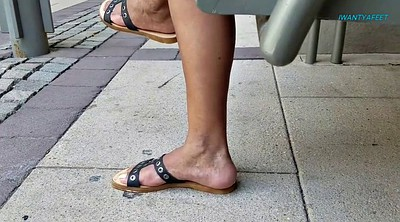 Foot, Mature foot, Mature feet, Candid, Ebony foot