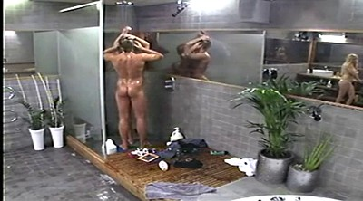 Voyeur shower, Public blowjob