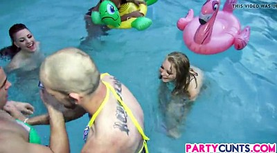 Naked party, Pool party