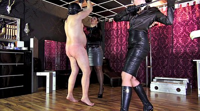 Victoria, Whipping femdom