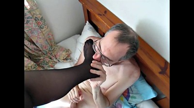 Stocking, Lick feet