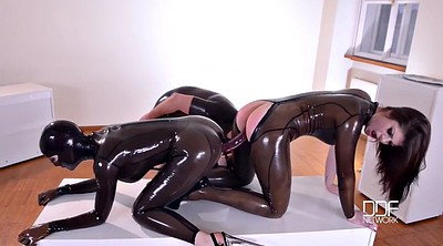 Spank, Spanked, Bdsm fist, Love, Latex lesbian, Latex lucy