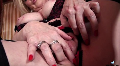 Granny, Grannies, Mature masturbating