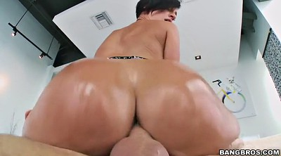 Oiled pantyhose, Lick ass
