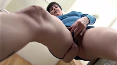 Mommy, Upskirt mature
