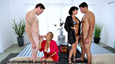 Cougar, Massage group