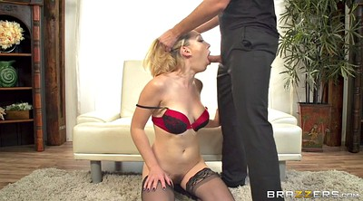 Lily labeau, Take