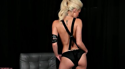 Boots, Clit, Black solo, Solo blonde, Smoking solo