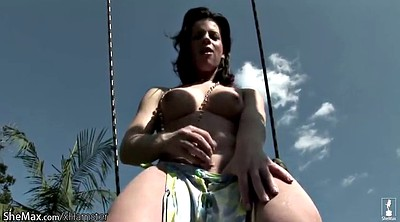 Naked public, Swinging, Swing