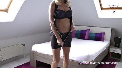 Squirting, Mature mom, Mom solo, Mature solo, Mom squirt, Solo squirt