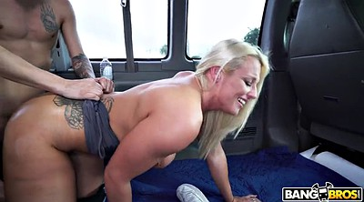 Bus, Big booty