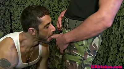 Sex gay, Military