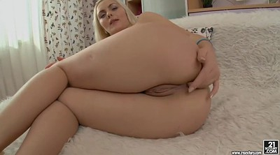 Chubby anal, Out